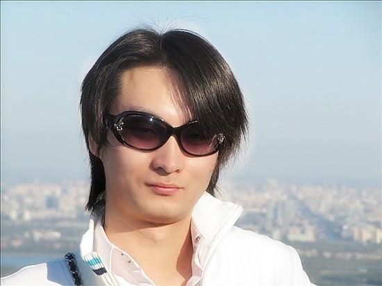 师梅堂主人 李响 中国最大的当代艺术家资料库图片